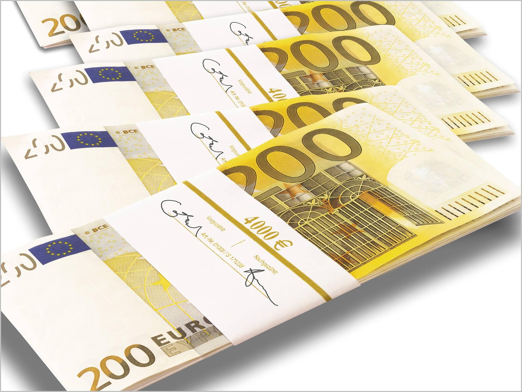 je gagne 200 euros mois m me quand je dors j 39 apprends l 39 argent. Black Bedroom Furniture Sets. Home Design Ideas